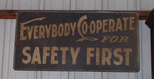 cooperate-safety-sign.jpg